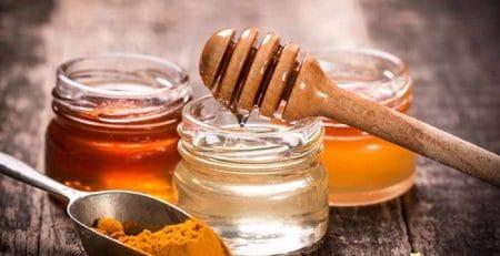 Turmericul cu miere